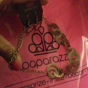 paparazzi Jewelry - Necklace set